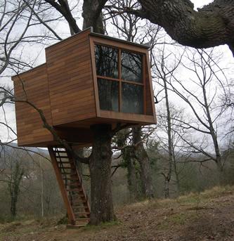 Casas rbol for Hotel con casas colgadas de los arboles
